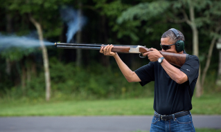 Obama Shoots a Rifle