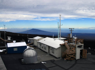 Mauna Loa Research Station via stormchaser.ca