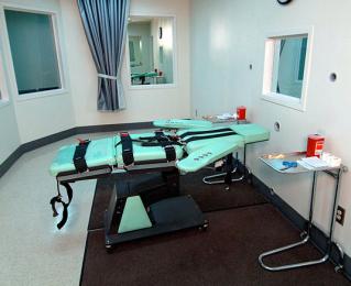 Execution Chamber at Sa Quenton via Wikipedia