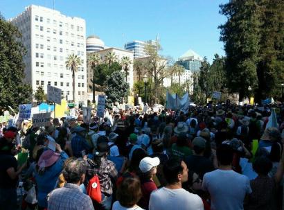 Ca Fracking Demo. 3-15-14