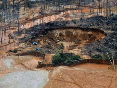 Illegal gold mining has led to acres of rainforest in Peru's Madre de Dios region being destroyed via Independent.co.uk